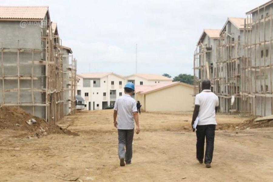 la diplomatique d 39 abidjan c te d ivoire location de maison d sormais deux mois de paiement. Black Bedroom Furniture Sets. Home Design Ideas